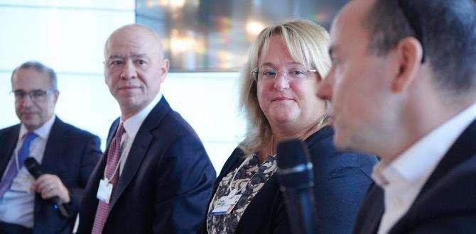 KOÇ HOLDİNG CEO'SU LEVENT ÇAKIROĞLU DAVOS ZİRVESİ'NDE DÜNYA LİDERLERİNE DİJİTAL DÖNÜŞÜMÜ ANLATTI
