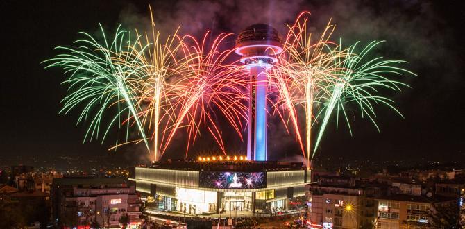 Ankara'nın Simgesi Atakule 29 Ekim'de Işık Saçtı!