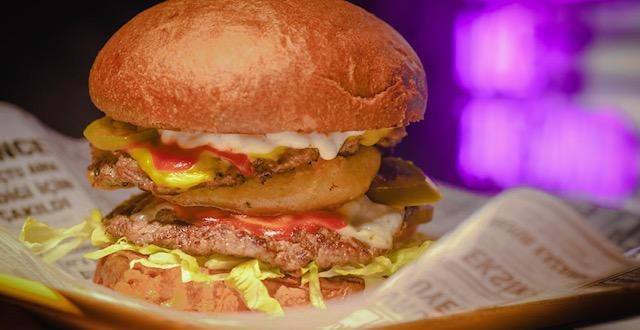 Burgerhane Ege Perla'da İzmirlilerle buluşuyor