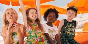 H&M Renkli Bir Doğa Yaşamı Koleksiyonu için Emma Jayne ile İş Birliği Yapıyor
