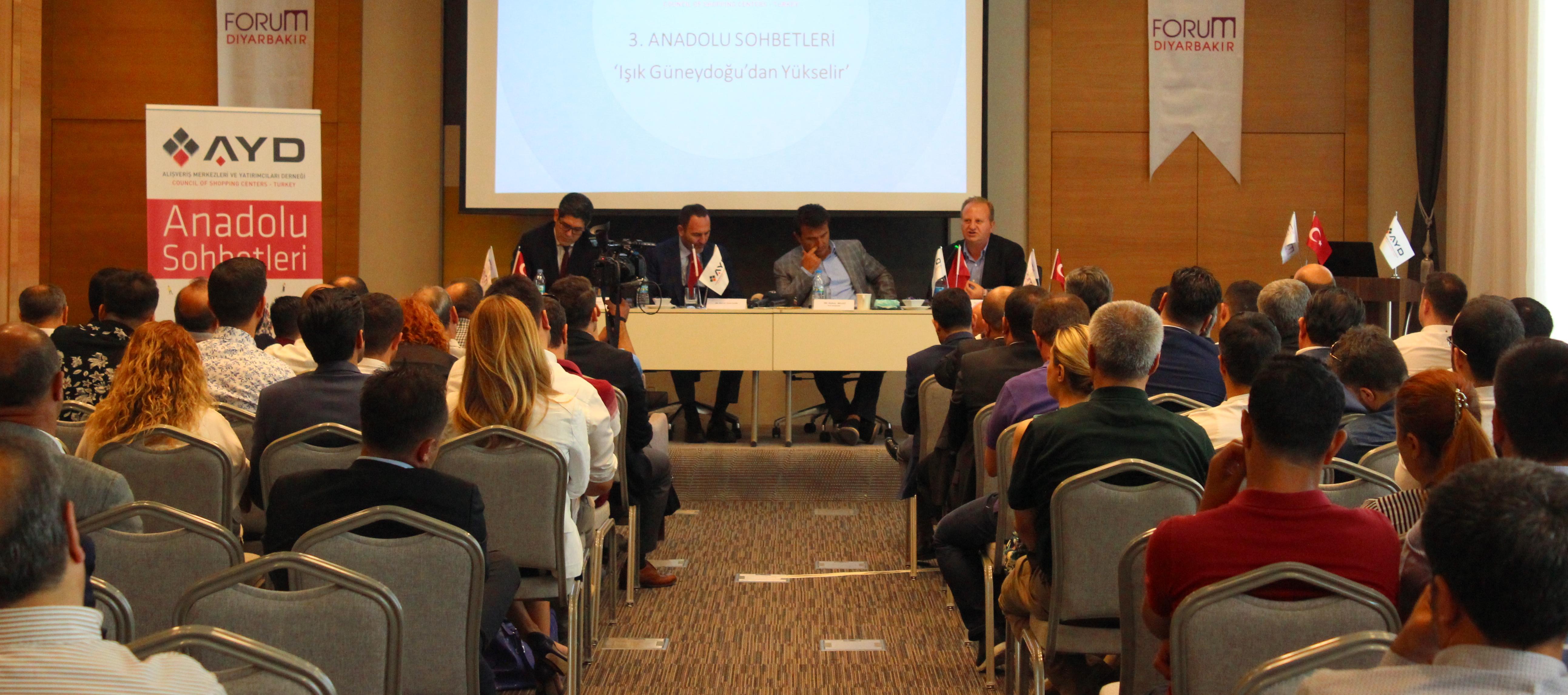 AYD 3. Anadolu Sohbetleri: Işık Güneydoğu'dan Yükselir' toplantısı Diyarbakır'da düzenlendi