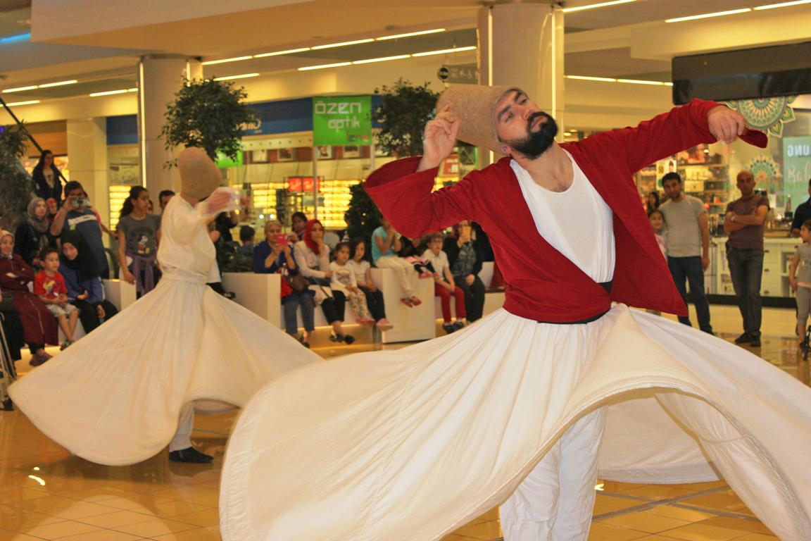 Kayseri Park Ramazan ayına özel renkli ve eğlence dolu etkinliklere imza attı.