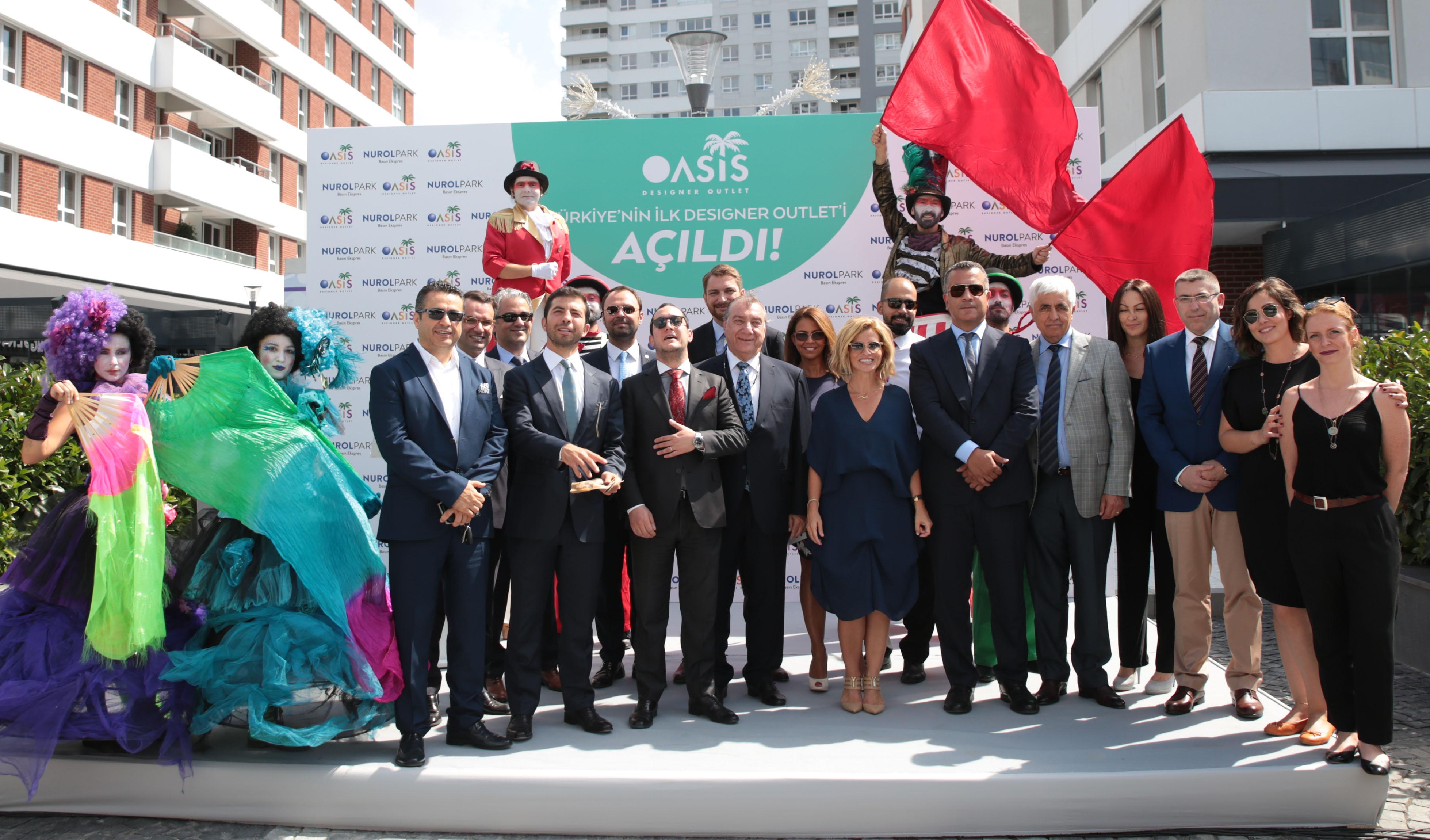 Türkiye'nin ilk designer outleti Oasis açıldı