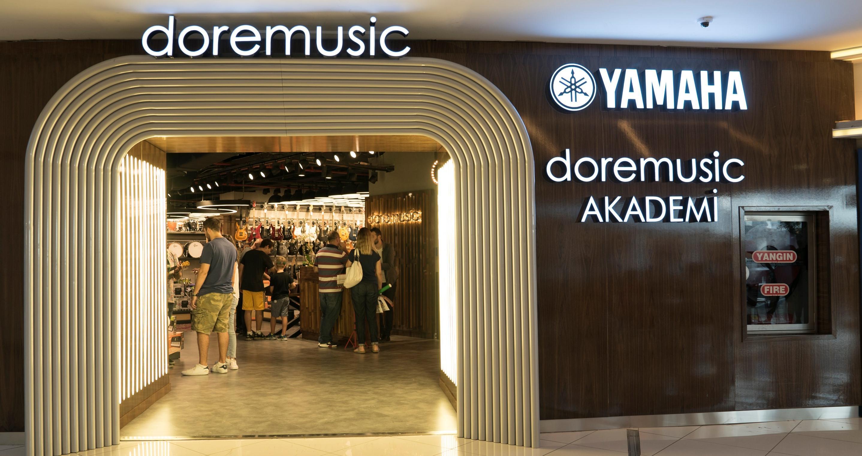 Müzisyenler için yeni bir buluşma mekanı:   doremusic Akmerkez'de