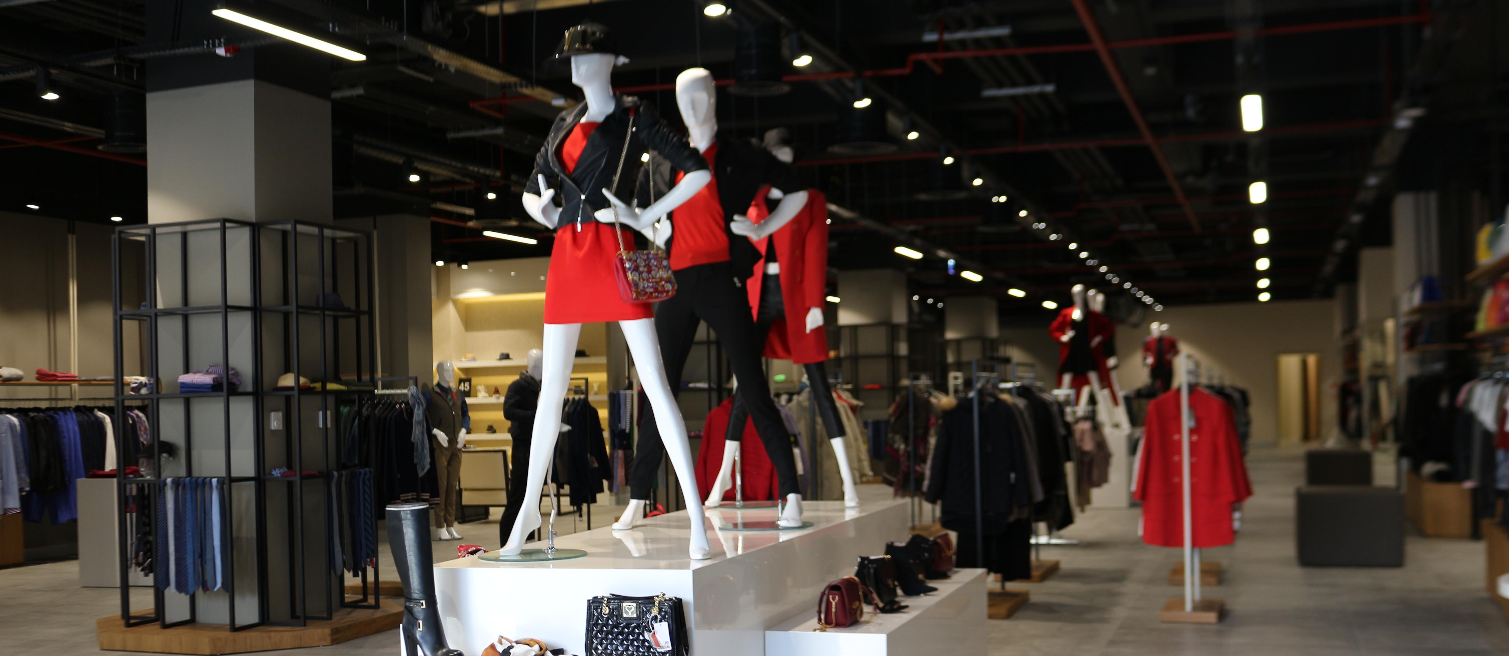 Brandroom, Türkiye'nin 'ilk designer outleti' Oasis'te açıldı