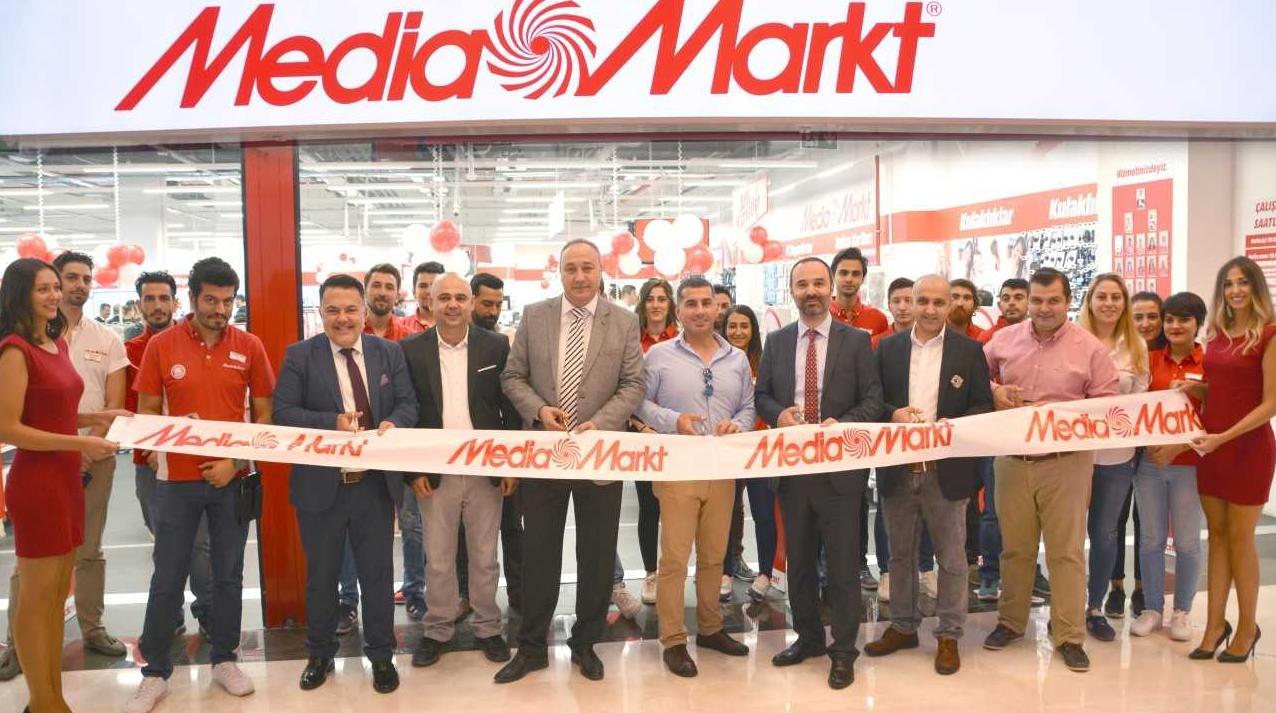 """Keyifli Teknoloji Alışverişi'nin Adresi """"MediaMarkt""""Atlantis'te Açıldı!"""