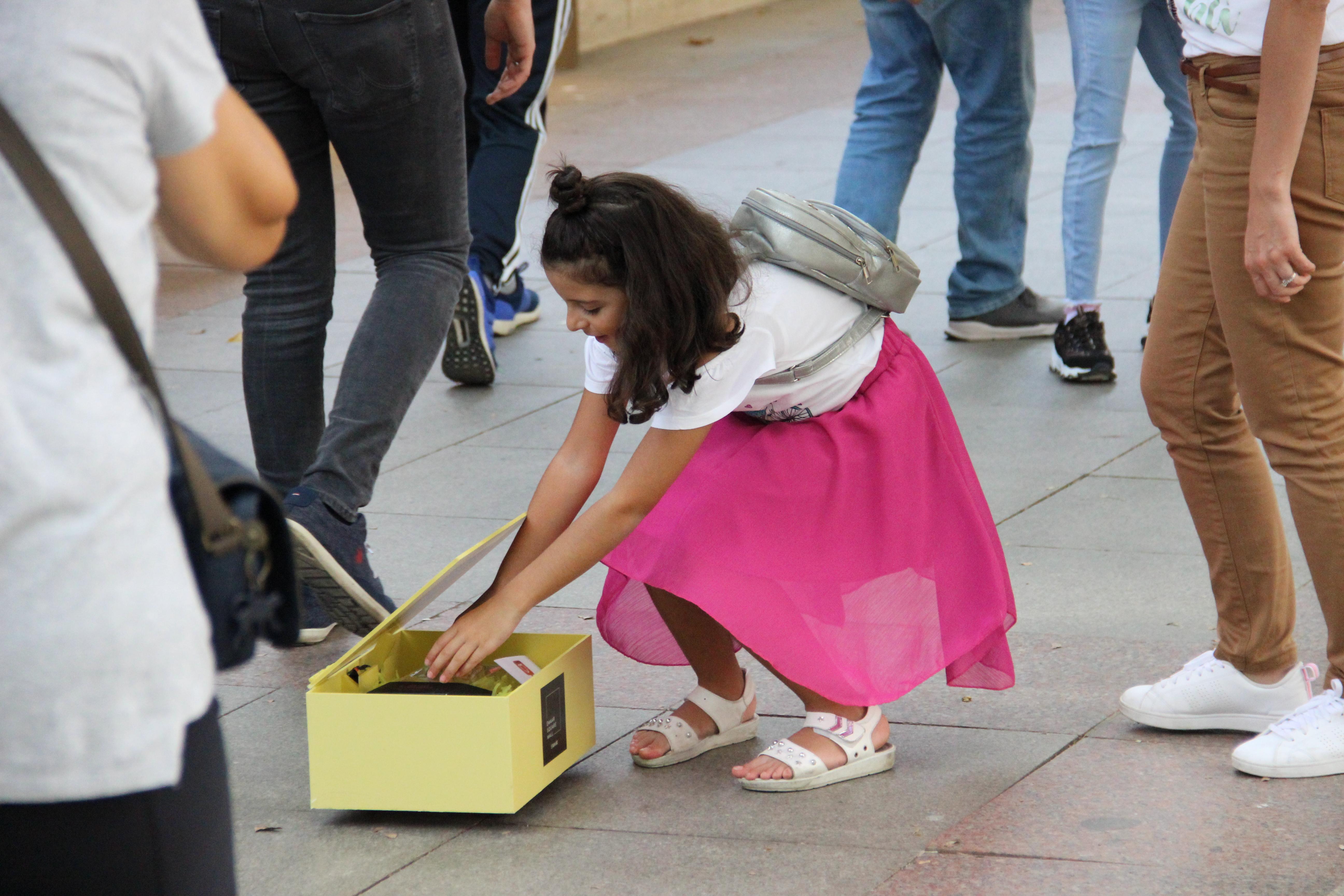 """Emaar'dan Sürpriz Etkinlik: """"Mutluluk Kutuları"""""""