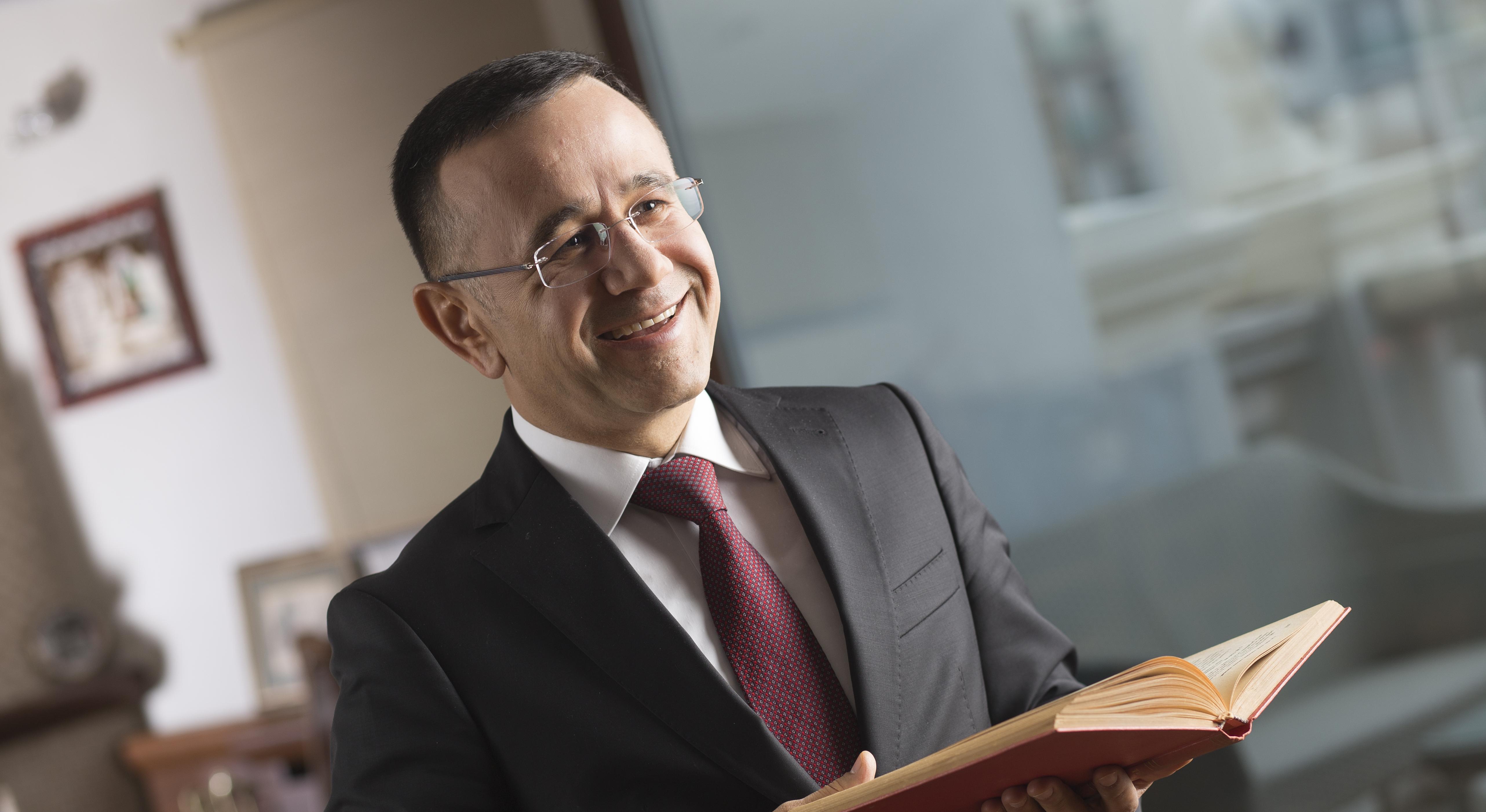 """AYD Başkanı Prof. Dr. Hüseyin Altaş: """"Hem perakendecilerimizin hem de tüketicilerimizin üzerinden yük alındı"""""""