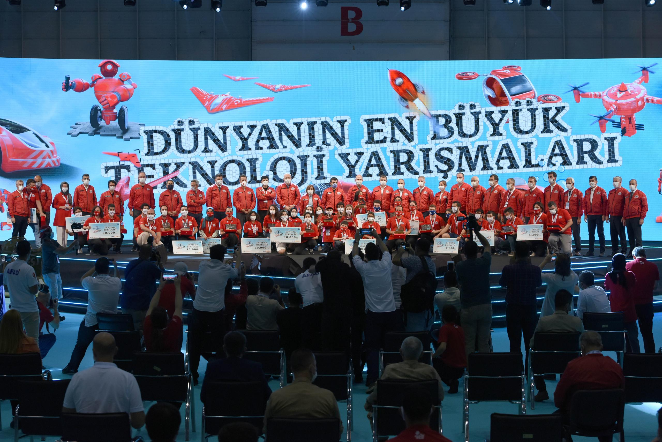 TEKNOFEST 2020 MUHTEŞEM FİNALİ İLE GAZİANTEP'TE SONA ERDİ