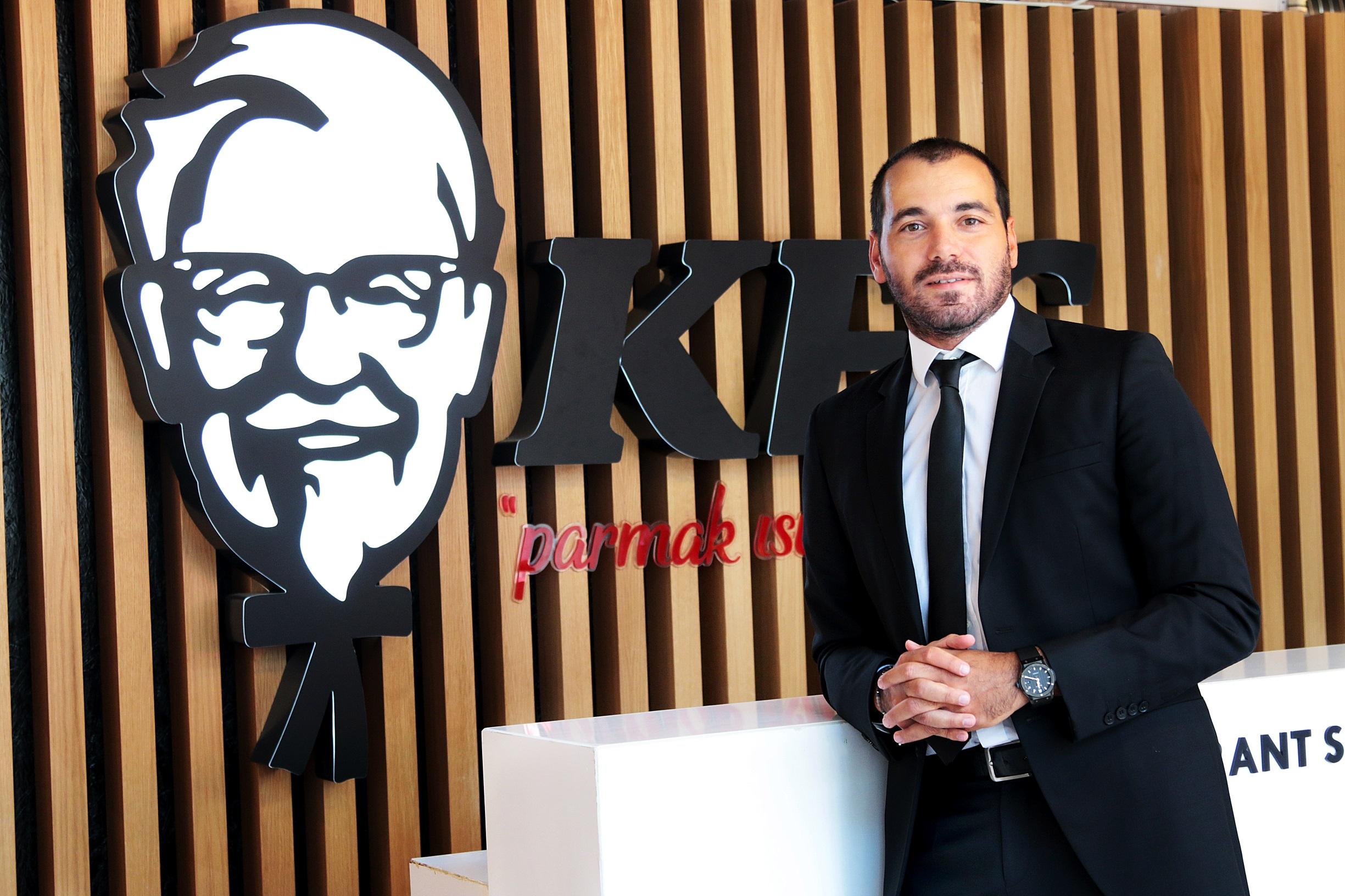 KFC TÜRKİYE'NİN YENİ CMO'SU ÖZKAN ÖZYAVUZ OLDU